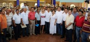 Brinda Samy Gurrión apoyo total a pescadores de Salina Cruz