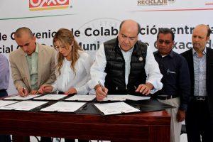 Municipio y tiendas OXXO fomentan cultura de reciclaje y prevención del consumo excesivo del alcohol