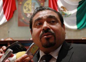 Contradictorios PAN y PRD, llaman al orden y actúan en la ilegalidad: Avilés