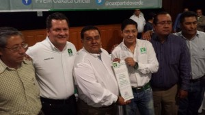 Molina Reyes, líder del PVEM toma protesta a Morales Amaya como Delegado por el Distrito Federal 08