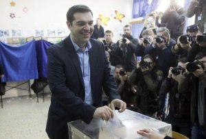 Votan para elegir diputados en Grecia