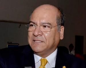 Villacaña promoverá acuerdos para mantener libre zócalo