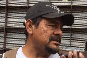 Padres de los 43 descartan tomar urnas en Guerrero
