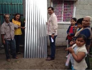 Con resultados, ayuda Benjamín Robles a familias de Acatlán