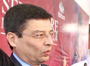 Austeridad, transparencia y rendición de cuentas para equilibrar las finanzas del estado: Alberto Vargas Varela