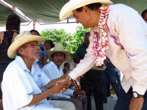 Contribuye Benjamín Robles a disminuir los índices de marginación en Tequisistlán
