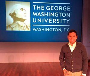 Las campañas políticas, los mensajes electorales y el hartazgo juvenil: Igmar Medina Matus