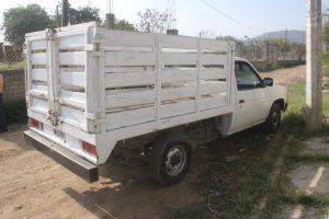 Policías municipales recuperan camioneta con reporte de robo
