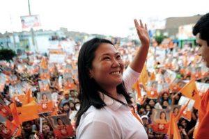 Lidera hija de Fujimori sondeos en Perú