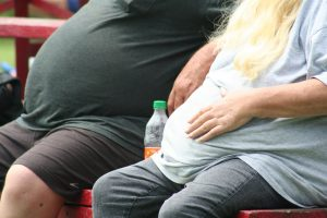 Podría proteger obesidad de Alzheimer