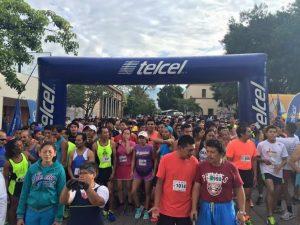 Mil 500 personas participan en la Segunda Carrera Contra las Adicciones