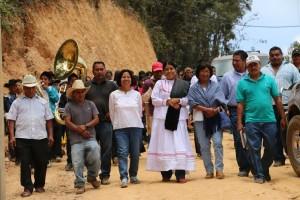 Impulsa Eufrosina Cruz Mendoza obras para el desarrollo de la zona Mixe.