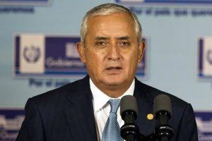Piden quitar fuero a Pérez Molina