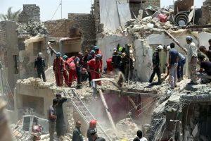 Lanza Irak bomba por error; mueren 7