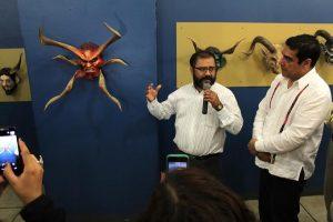 Exposición de trajes típicos y máscaras de Juxtlahuaca, engalanan Museo del Palacio