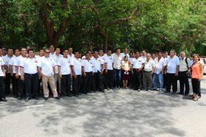 Entrega Samuel Gurrión apoyos a taxistas de la Costa y del Istmo de Tehuantepec