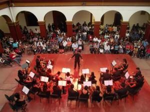 """Alumnos y alumnas de la CCO presentan """"Concierto de violines"""""""