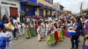 Celebran éxito del desfile del 20 de Noviembre en Mitla