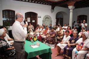 """Participa municipio de Oaxaca en entrega de constancias del diplomado """"Adultos Mayores Anfitriones de Oaxaca"""""""