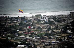 Sismo de magnitud 6.8 sacude a Ecuador, un mes después de devastador terremoto