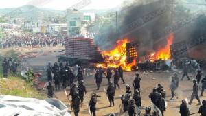 Arroja desalojo en Nochixtlán media docena de heridos y 20 detenidos