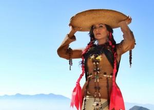 Lila Downs y Discovery Channel filman programa 'Naufragantes'