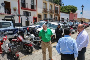 Recibe Javier Villacaña  cinco nuevas patrullas que fortalecen Comisión de Seguridad Pública Municipal