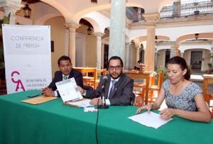 Presentan ganadores del premio Henestrosa y Colección Infantil y Juvenil