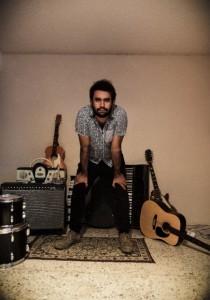 Javier Dábrel lanza en formato físico su material homónimo