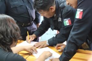 Cumple Gobierno Municipal con elementos policíacos.