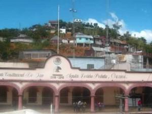 Piden acabar con el cacicazgo de Óscar Valencia en Loxicha