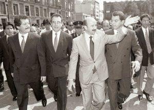 Del Zócalos a los Pinos: Raúl Castellanos