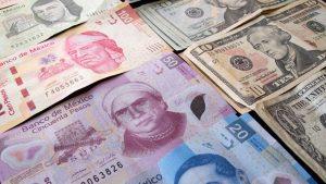 Peso mexicano se aprecia por petróleo y señales de moderación en posturas de Trump