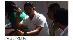 La X en la frente: Moises Molina