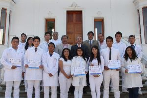 Facultad de Medicina primer y segundo lugar en concurso de Farmacología