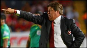 Xolos sigue de líder y gana 1-0 a Cruz Azul