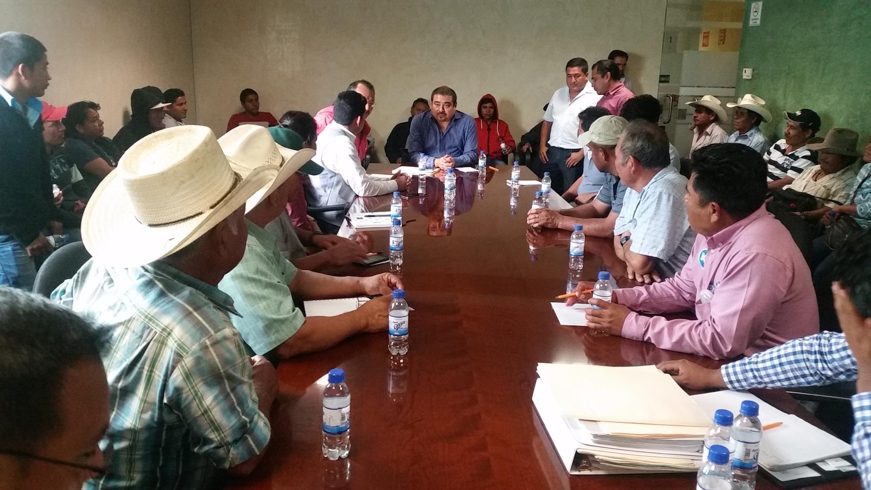 Atiende SEGEGO directa y puntualmente a organizaciones sociales: Avilés Álvarez
