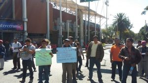 Asunción Cacalotepec se moviliza en la capital