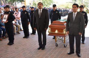 Encabeza Avilés homenaje luctuoso en memoria de elemento caído de la AEI