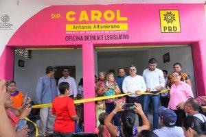 Inaugura Carol oficina de enlace legislativo en Salina Cruz