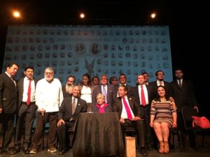 La X en la frente (Manuel Díaz Cisneros): Moisés MOLINA