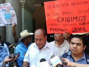 Acusan a Samuel Gurrión de encubrir al ex presidente de Matatlán.