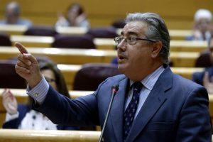 España exige disolución y desarme total de ETA