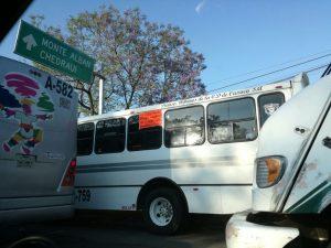 Continúa la huelga de choferes del transporte público