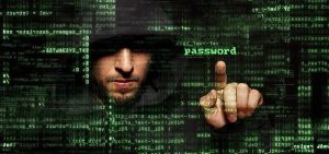 El hacker cosecha en la ignorancia: Horacio Corro Espinosa