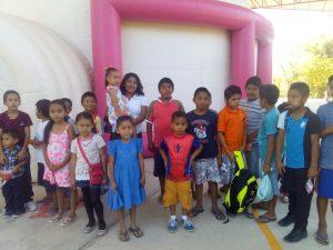 Celebra Yarith Tannos día del niño con Cinedomo y festivales en regiones del estado