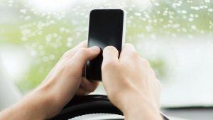 """""""Pulgar de celular"""", la nueva enfermedad que asecha a los jóvenes"""