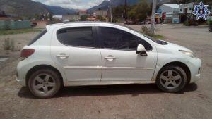 Recupera Policía Estatal vehículo con reporte de robo en Juxtlahuaca