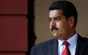 Presidente venezolano descalifica plebiscito impulsado por la oposición