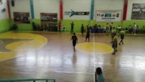 Balacera durante un partido de basquetbol en el que participaban jóvenes oaxaqueños